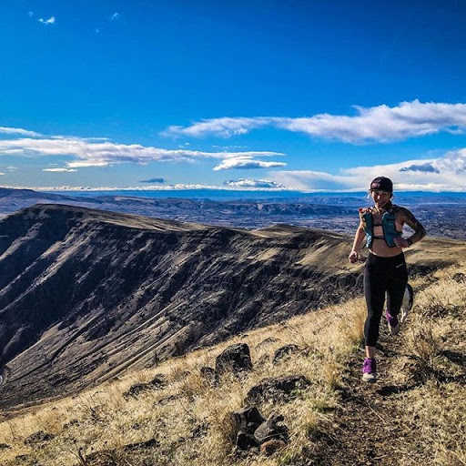 Superfeet Ambassador Shannon Mahre on a morning run